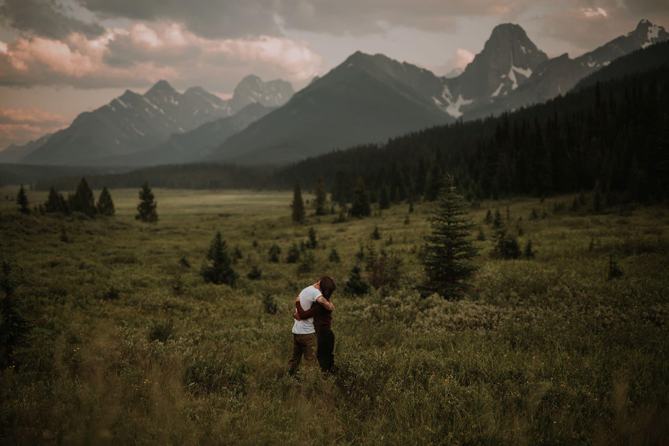 Virginia&Evan-CubeRyan&Frances-Tent-Ridge05